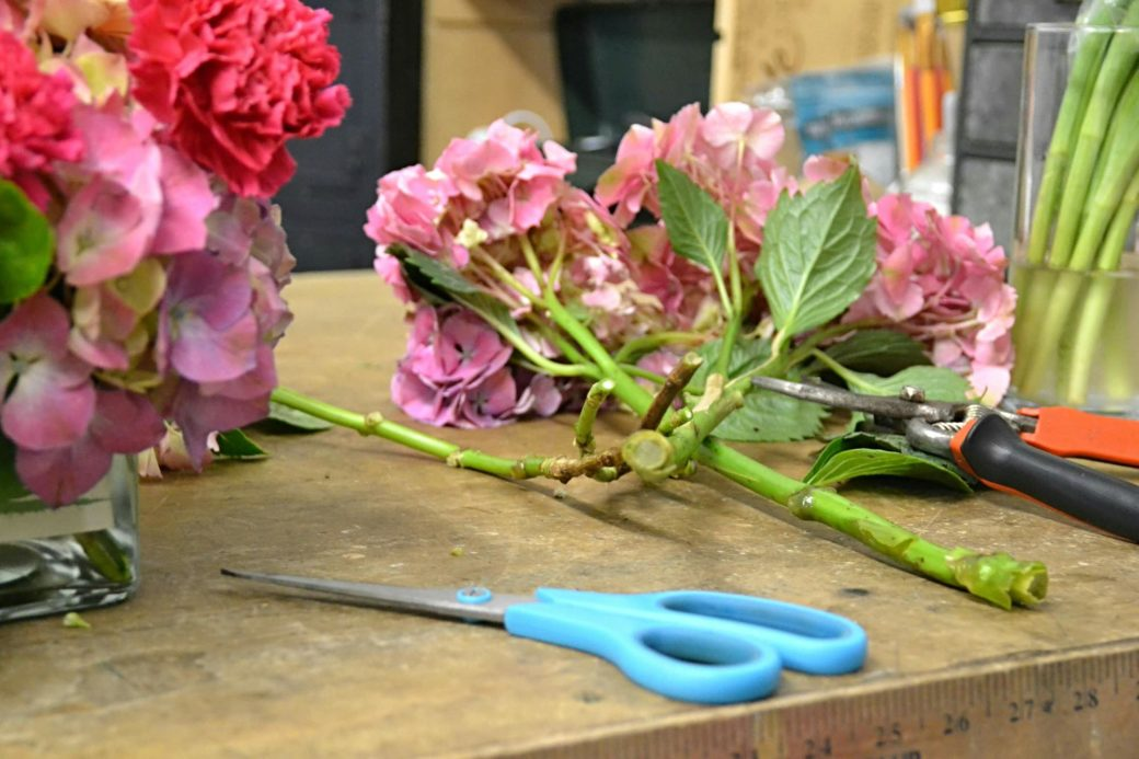 House of Flowers, Bakersfield California, making a bouquet